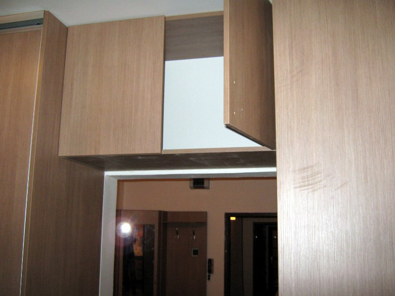 skrine-e-03.jpg